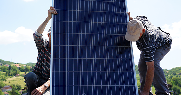 What You Need to Know About Maintenance on Solar Panels